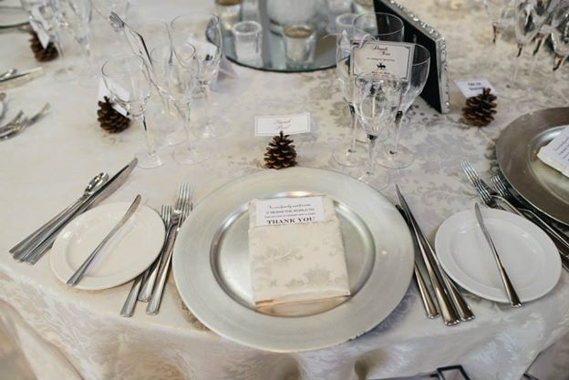 winter wedding dinner setting silver colour theme